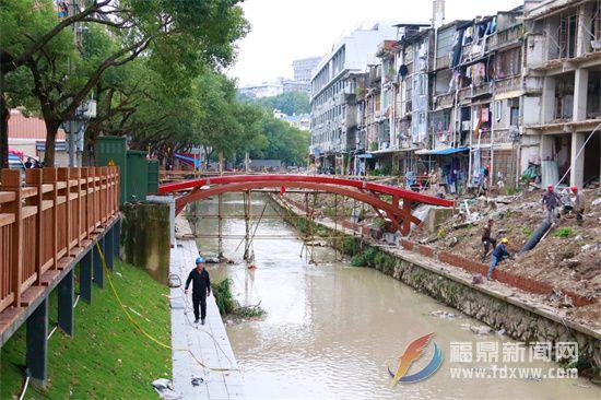 福鼎桐山休闲美食文化街区项目跨河廊桥形态初现